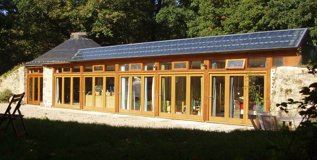 Groundhouse Earthship In Brittany
